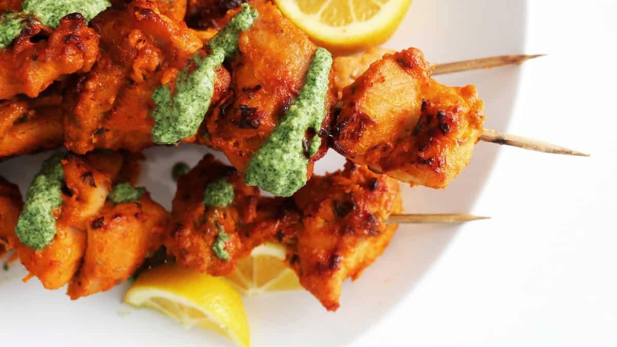 Tandoori Chicken Skewers With Cashew Mint Chutney Kitchen Hoskins