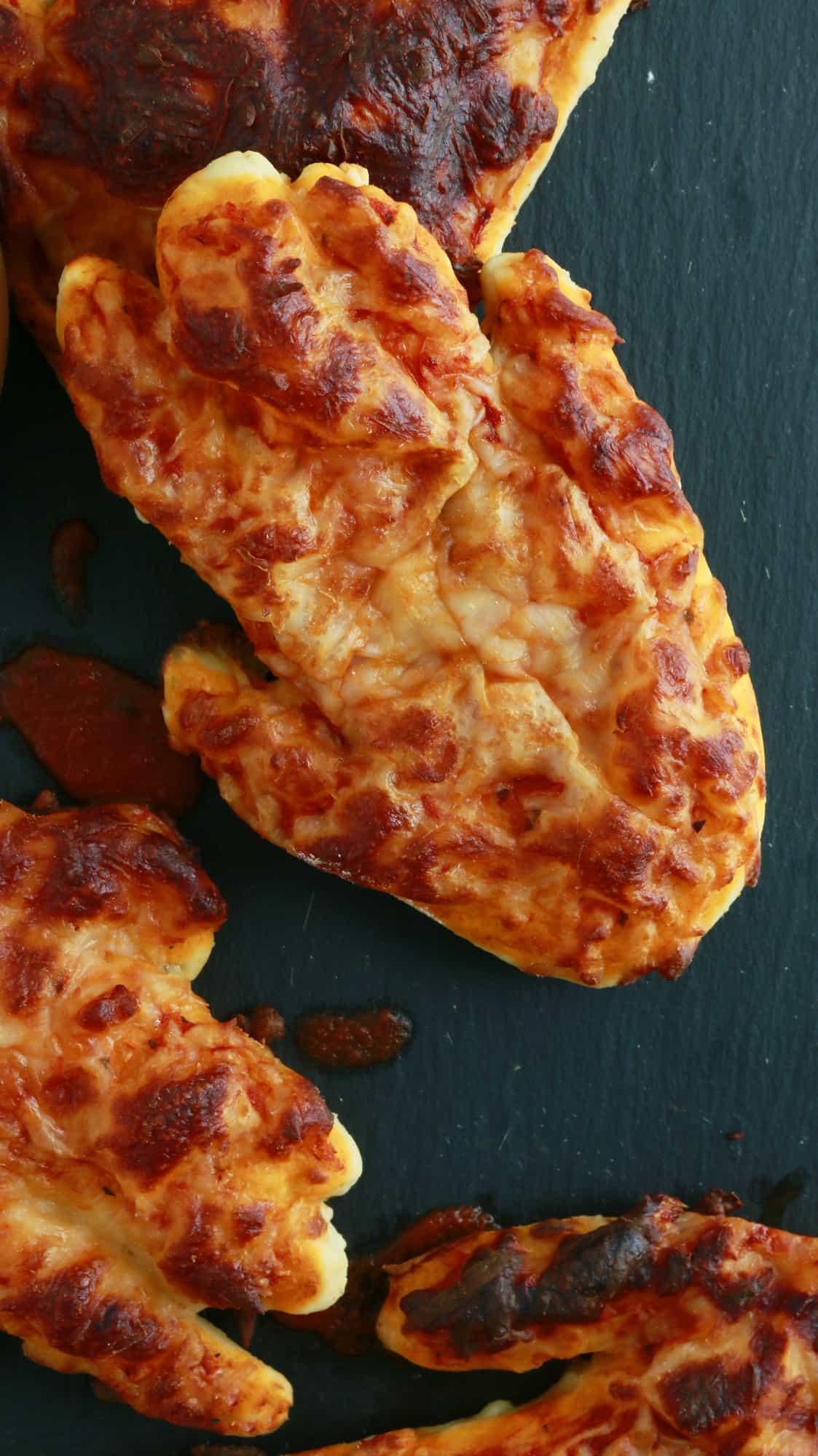 creepy halloween pizza hand
