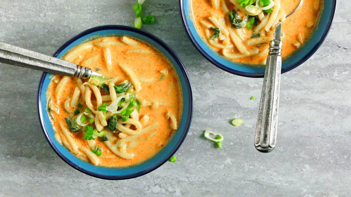 10-Minute Thai Curry Noodle Soup