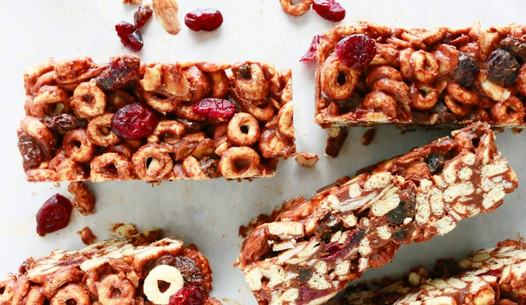 easy no-bake cheerios breakfast bars