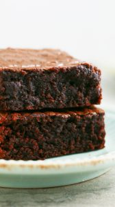 fudgy nutella brownies