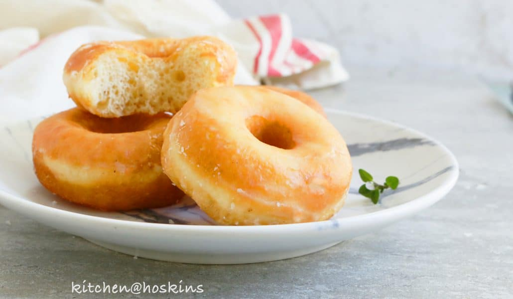 How to make donuts with plain flour