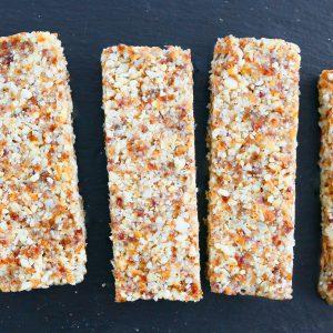 5 ingredient homemade date nut bars
