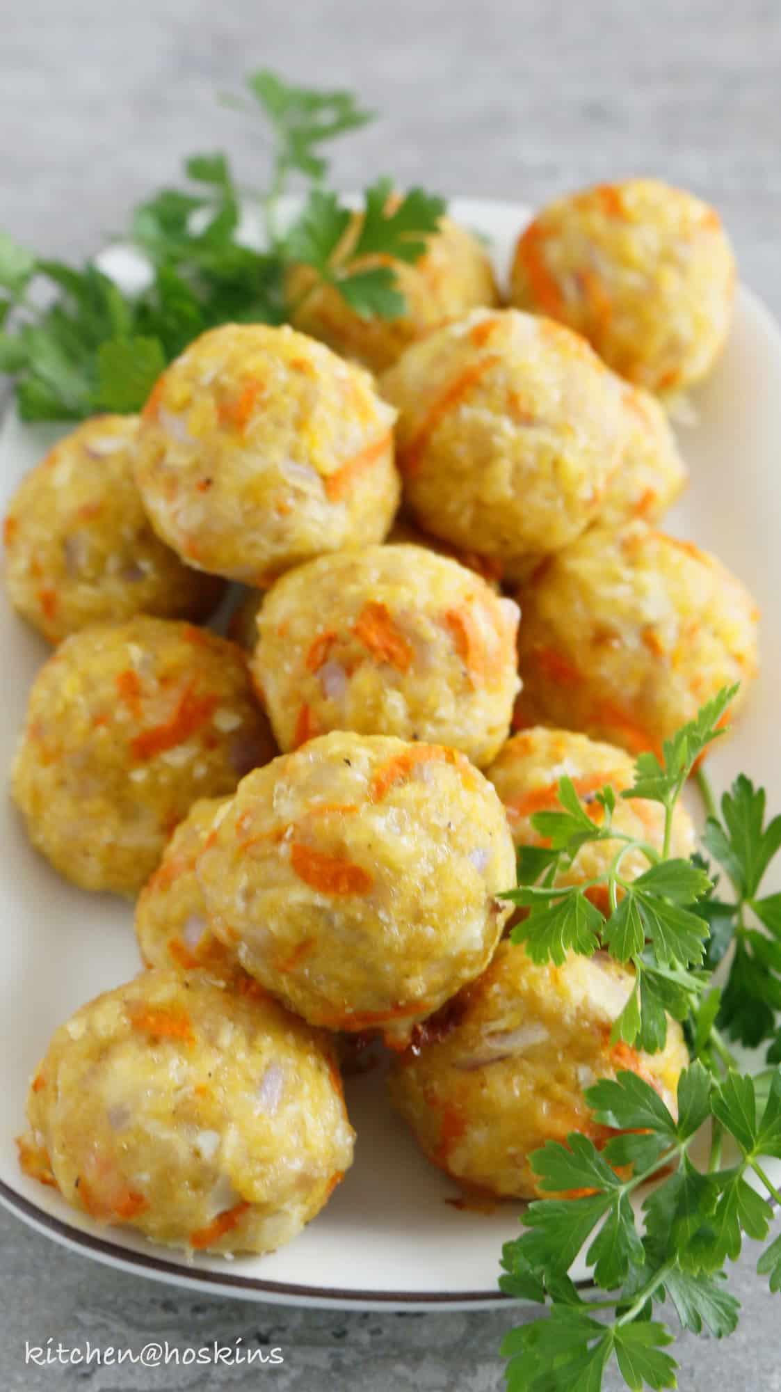 healthyish baked chicken meatballs