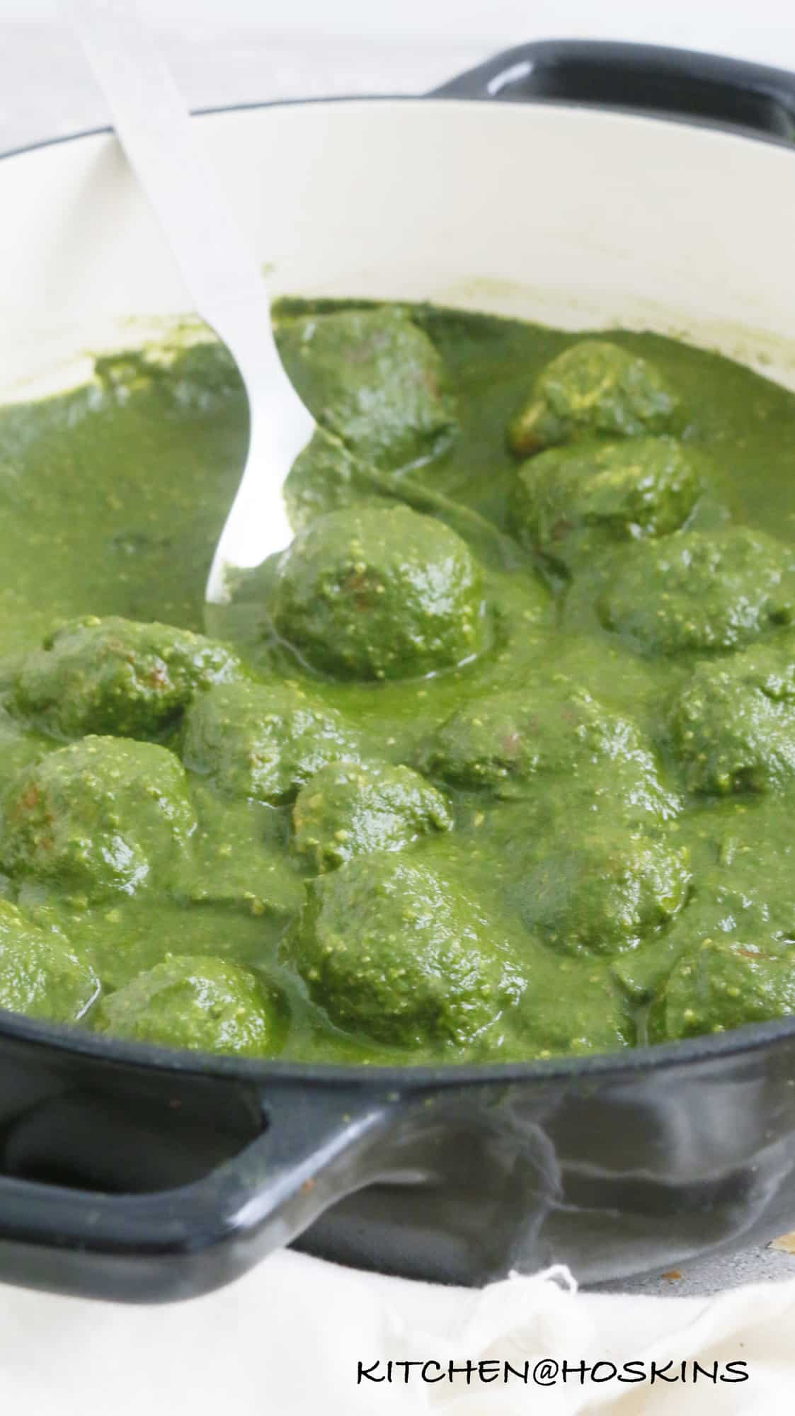 chicken koftas in palak gravy