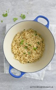 GARLIC BUTTER RAMEN NOODLES