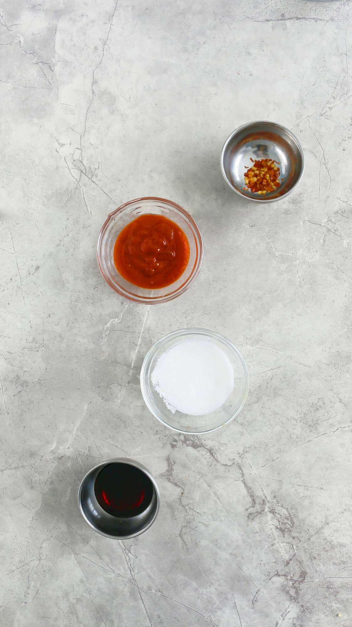 INGREDIENTS FOR SRIRACHA SOY SAUCE