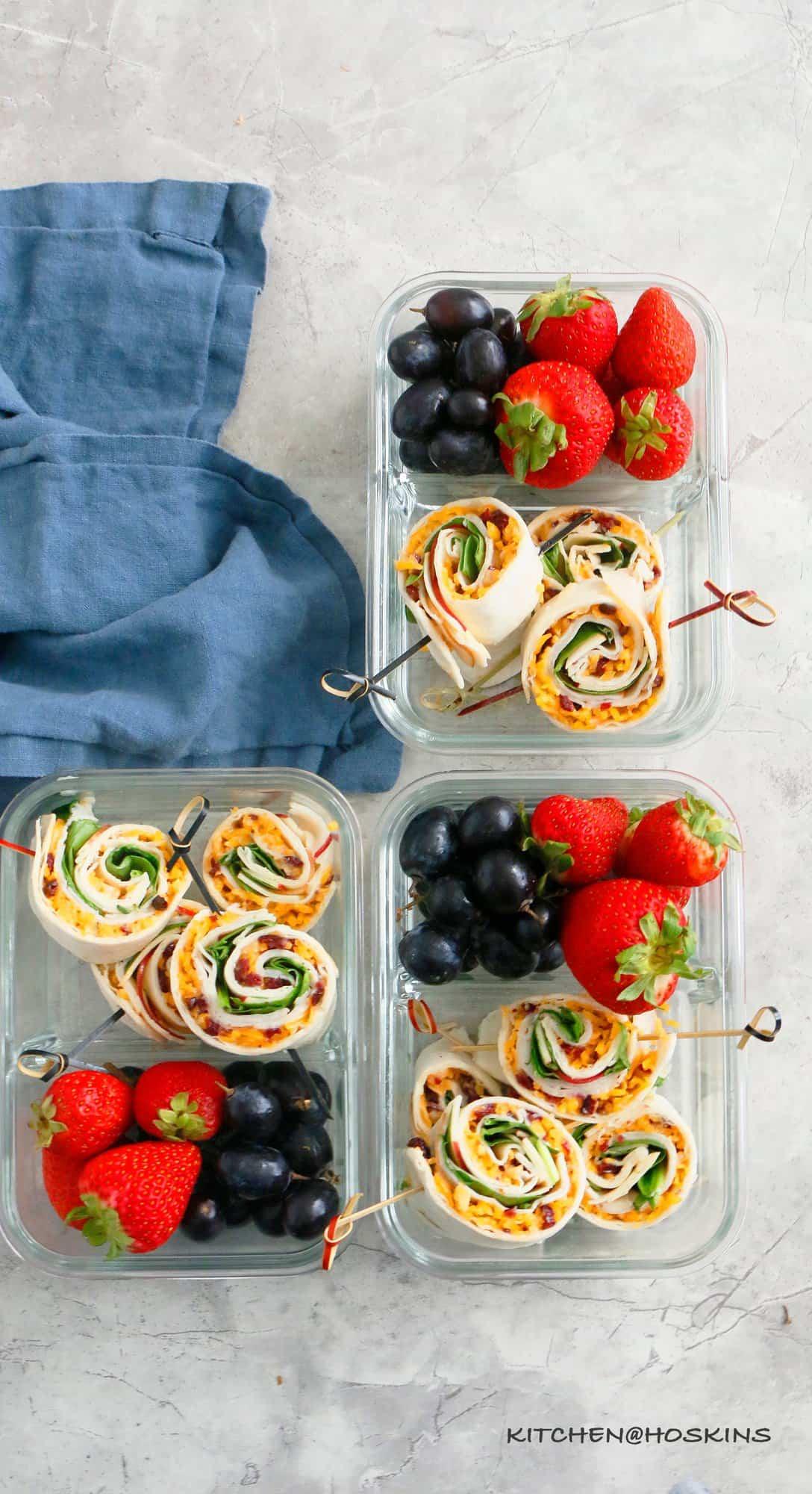 turkey apple and cheddar pinwheels in a lunch box