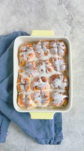 quick and easy cinnamon Hawaiian rolls
