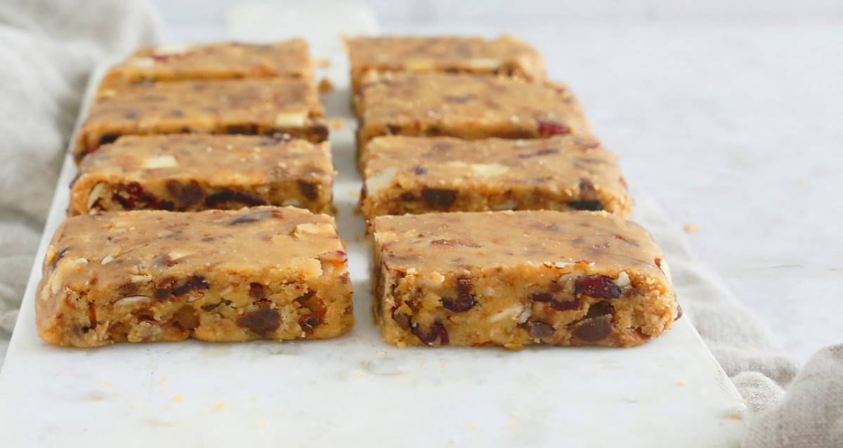 vegan almond butter bars