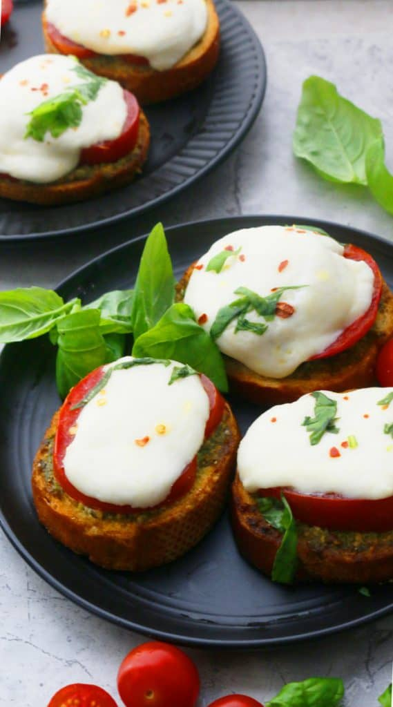 pesto caprese toast for summer lunch