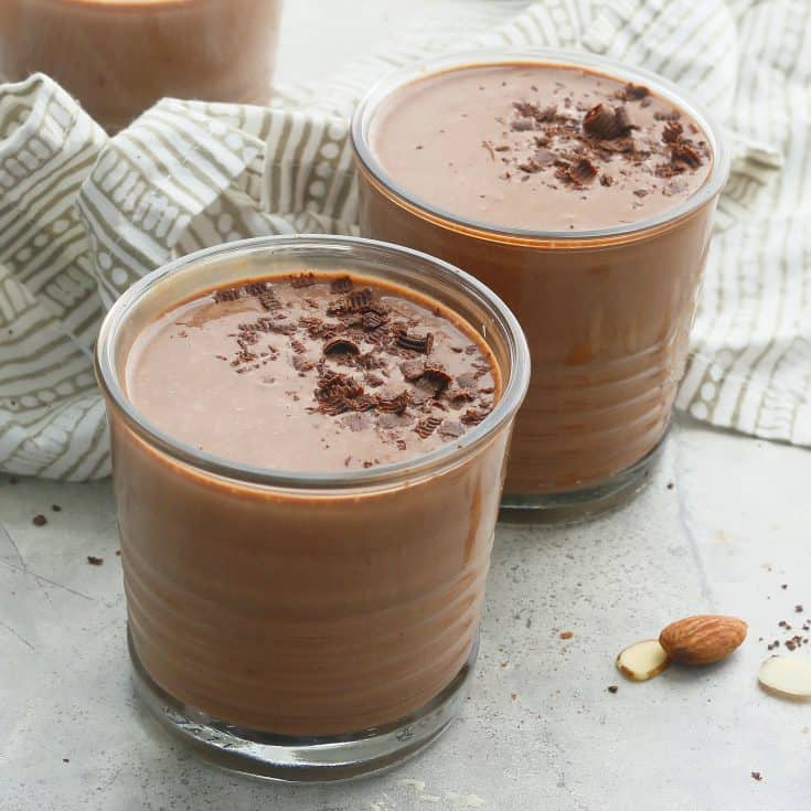 Healthy Chocolate Banana Date Smoothie