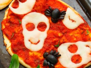 skull pizza and olive spider